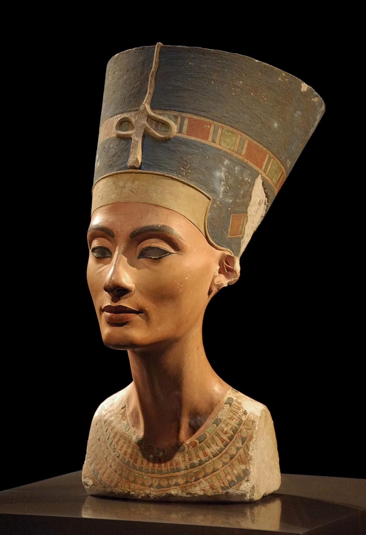 Nefertiti 1330 a. C., reina de la dinastía XVIII de Egipto, Gran Esposa Real de Akenatón