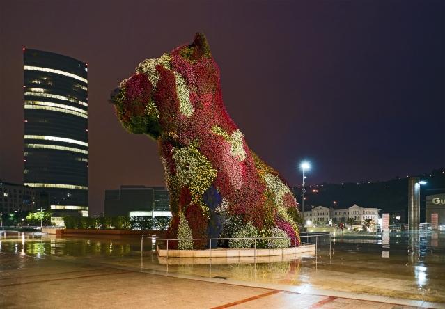 Jeff Koons: Puppy. Guggenheim de Bilbao.