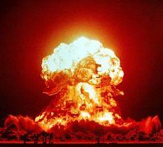 Una bomba de 23 kilotones detonada en el desierto de Nevada el 18 de abril de 1953