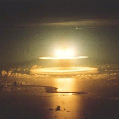 Primera prueba atómica realizada con éxito en Alamogordo, New Mexico, el 16 julio de 1945.