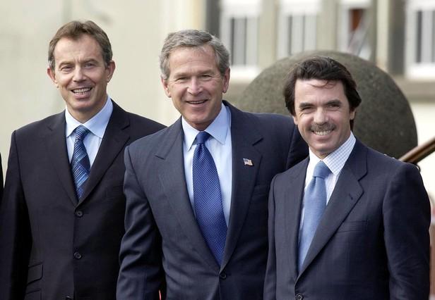 De izquierda a derecha, Tony Blair, George Bush y José María Aznar, el 16 de marzo del 2003, en la que se conoció como cumbre de las Azores