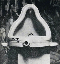 Marcel Duchamp: Fountain, 1917.