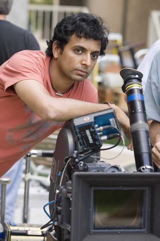 M. Night Shyamalan during the shooting of the film The Lady in the Water (2006)