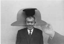 Duane Michals, Magritte (Coming and Going)