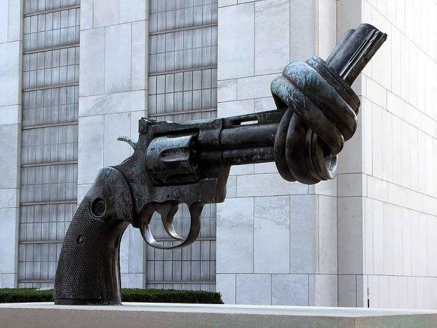 Pistola Anudada